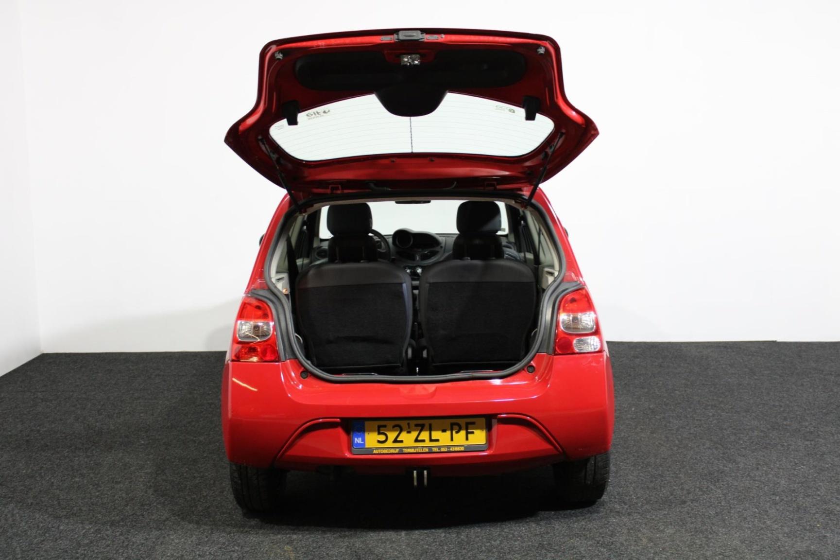 Renault-Twingo-23