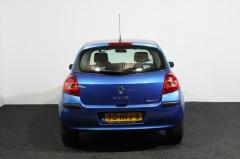 Renault-Clio-23