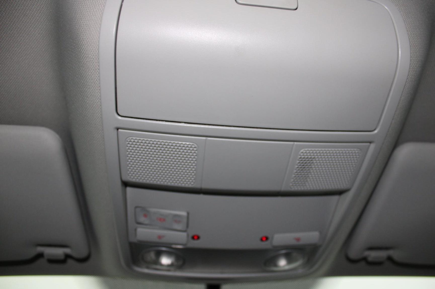 Volkswagen-Jetta-14