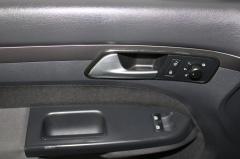 Volkswagen-Touran-11